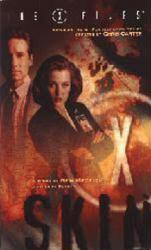 The X Files: Skin paperback book/1999 /David Duchovny/Gillian Anderson
