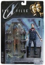 X Files Fight the Future: Agent Mulder figure/Cryopod (McFarlane/1998)