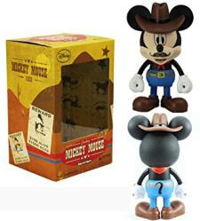Mickey Mouse: Cowboy Mickey Mouse Vinyl Art Figure (Play Imaginative)