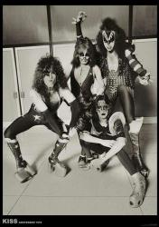 "KISS poster: Amsterdam 1976 (23 1/2"" X 33"") Rock band"