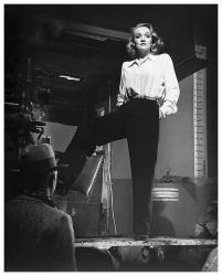 Marlene Dietrich poster print (18x22) 1940 publicity shot
