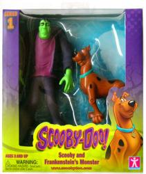 Scooby-Doo: Scooby and Frankenstein's Monster figures (Charter)