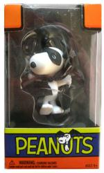 Peanuts: Snoopy as Masked Marvel figure (Forever Fun) Halloween