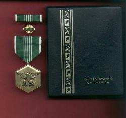 Army Commendation Military Award medal in case with ribbon bar and lapel pin