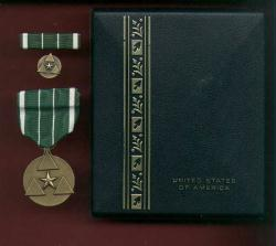 Army Commanders Award medal for Civilian Service Cased set with ribbon bar and lapel pin