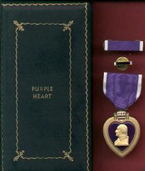 US Purple Heart Military Award Medal in WWII Case or box with ribbon bar and lapel pin