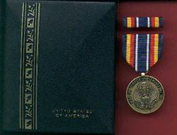 New War on Terror medal cased set with ribbon bar and lapel pin