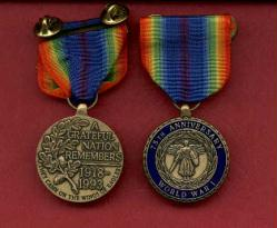 WWI World War 1  75th Anniversary medal in case