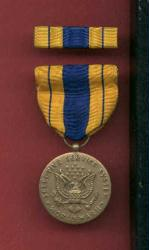 WWII US Selective Service medal with ribbon bar