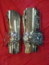 Full Steel Legs with Center Flute and Embossed Fan